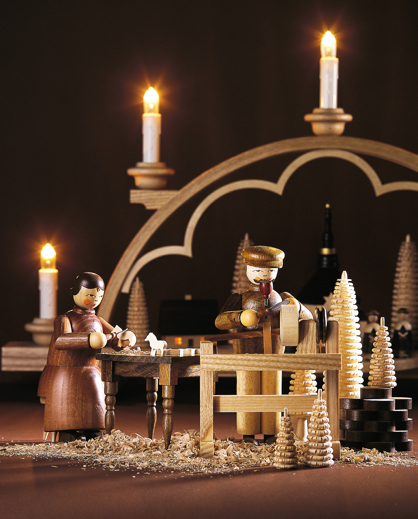 Wooden Christmas Carolers