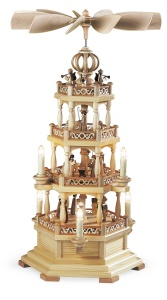 Pyramid Christmas story w.angels, 3-tier, natural